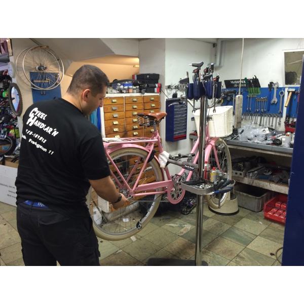 cykelhandlarn i örebro cykelverksatd och butik